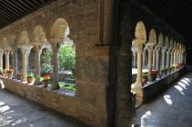 Claustro de la catedral de Roda de Isábena